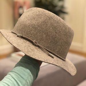 Women's Rag and Bone hat
